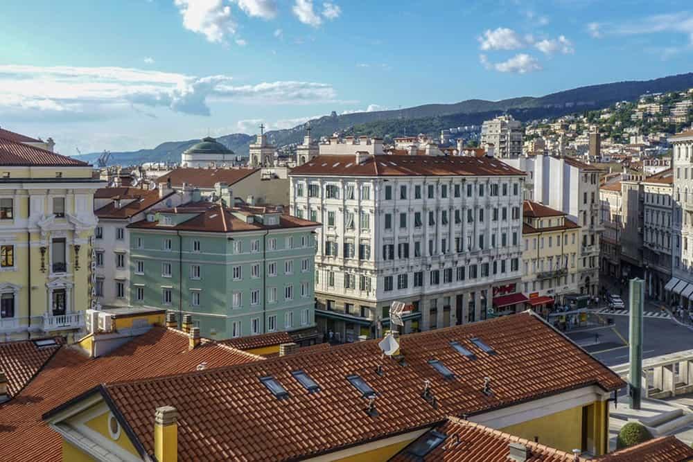 An Italian city